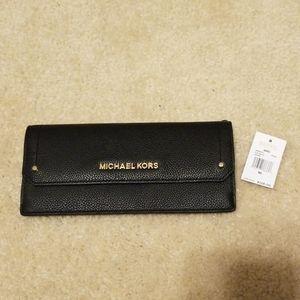 BNWT Pebble Leather Michael Kors slim wallet